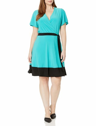 Star Vixen Women's Plus Size Sleeve Surplice Bodice Short Dress with Contrast Tie Belt and Hem
