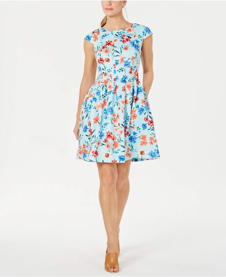 86d88c54664cf Floral-Print Fit & Flare Dress