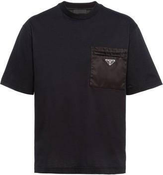 Prada logo-plaque T-shirt