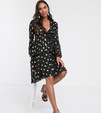 Queen Bee Maternity plunge front skater dress in contrast in polka print