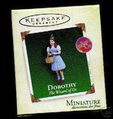 Mini A Ture Hallmark Keepsake Orment - Dorothy From The Wizard of Oz - Miniature QXM8922