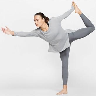 Nike YogaTraining Layer Long SleeveTop - Grey