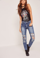 Missguided High Rise Shredded Knee Mom Jeans Blue