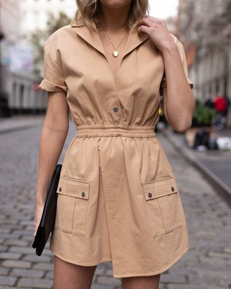 The Drop Women's Golden Sand Short-Sleeve Asymmetric Front Utility Dress by @laurie_ferraro XXS