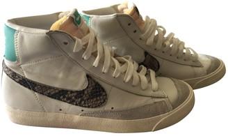 Nike Blazer White Leather Lace ups