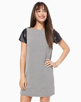 Charming charlie Houndstooth Chic Shift Dress