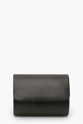 boohoo PU Structured Mini Clutch Bag & Chain