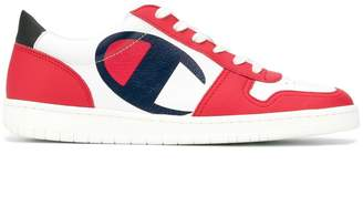 Champion contrast logo sneakers