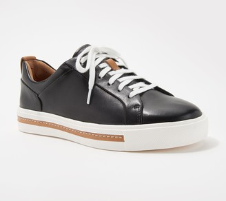 Clarks Leather Casual Sneakers - Un Maui Lace