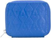 Ami Alexandre Mattiussi embossed zip wallet - men - Leather - One Size