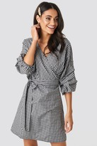 NA-KD Checked Gathered Waist Puff Sleeve Dress Multicolor