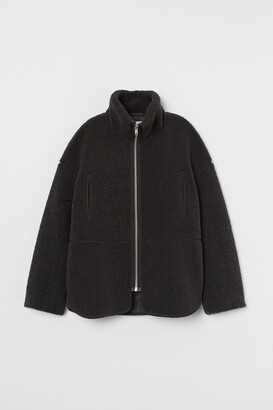 H&M High-collared pile jacket