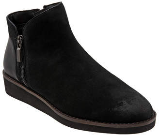 SoftWalk Wesley Booties Women Shoes