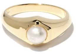 Lizzie Mandler - June Pearl & 18kt Gold Signet Ring - Pearl