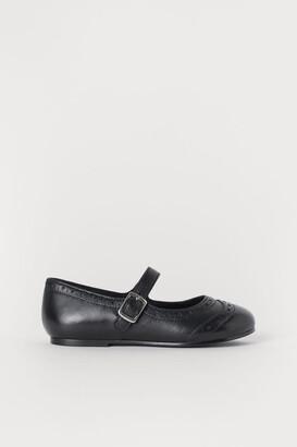 H&M Leather ballet pumps