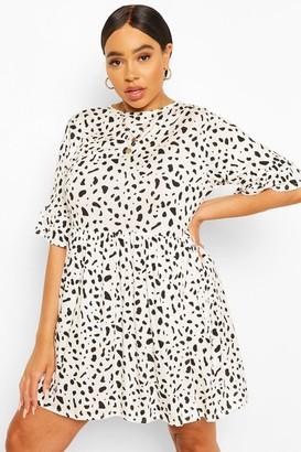 boohoo Plus Smudge Spot Ruffle Smock Dress