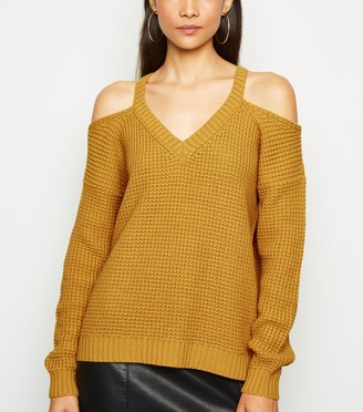 New Look Waffle Knit Cold Shoulder Jumper