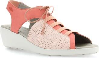CLOUD Hattie Lace-Up Sandal