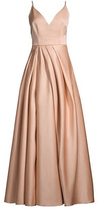 Flor Et. Al Beata V-Neck Pleated Gown