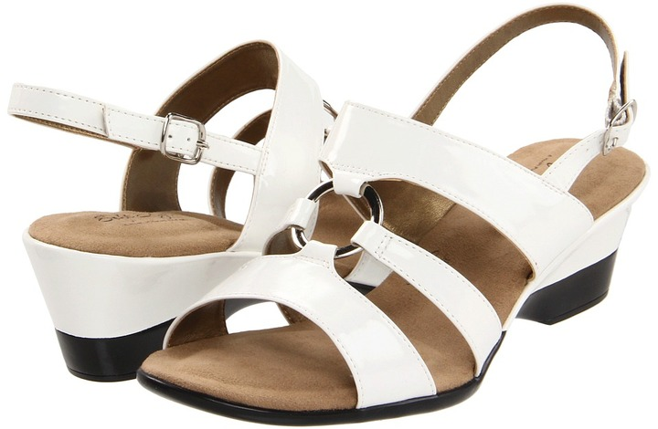 SoftStyle Soft Style - Sharyn (White Patent) - Footwear