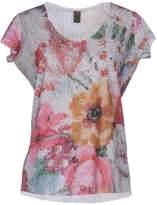 Jijil T-shirts - Item 12048986