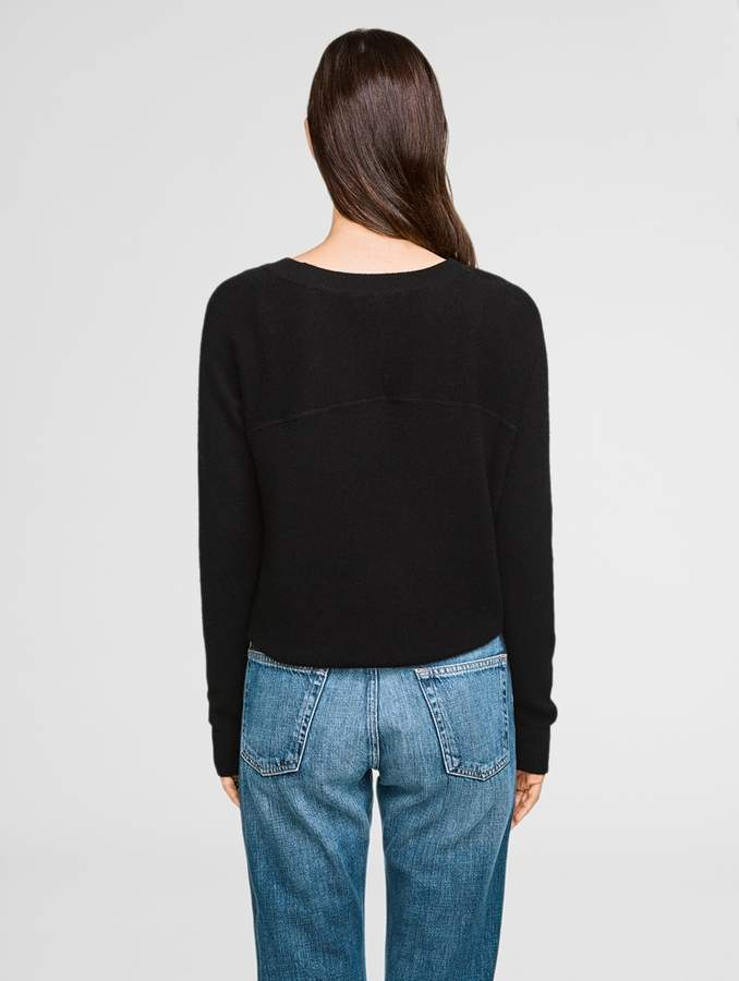 White + Warren Essential Cashmere Sweatshirt