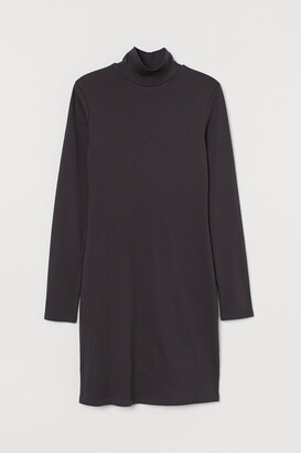 H&M Fitted Ribbed Dress