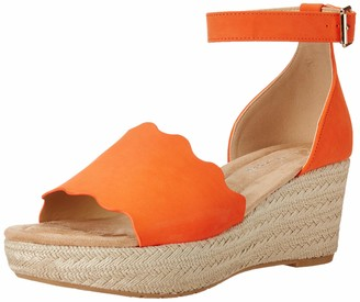 Chinese Laundry Womens Wedge Sandal