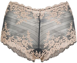 Wacoal Embrace lace shorty knickers
