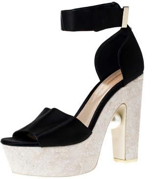 Nicholas Kirkwood Black Satin Pearl Platform Ankle Strap Sandals Size 39