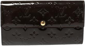 Louis Vuitton Terre D'Ombre Monogram Vernis Leather Sarah Wallet