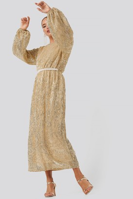 NA-KD Open Back Sequin Dress Gold