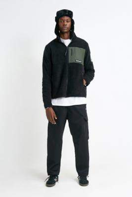 Timberland Archive Overdyed Black Sherpa Jacket - black S at Urban Outfitters