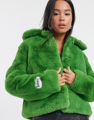 Jakke tommy cropped faux fur coat with collar and pockets in green