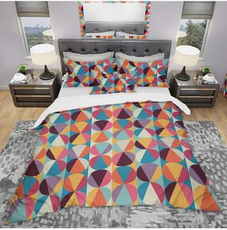 Designart 'Circles And Triangles' Modern Duvet Cover Set - King Bedding