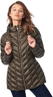 Bernardo Fashions EcoPlume Hooded Packable Jacket in Lust (Dried Basil) Women's Coat