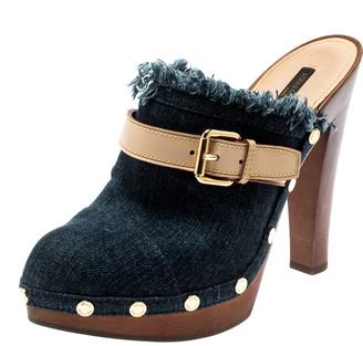 Louis Vuitton Denim And Leather Trim Buckle Platform Mules Size 39