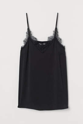 H&M MAMA Satin top with lace