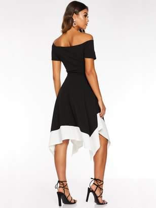 Quiz Bardot Asymmetric Contrast Midi Dress - Black