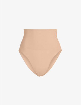 SKIMS Ladies Beige Kim Kardashian West Core Cont Brief, Size: XXS/XS