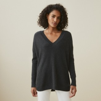 The White Company Cashmere Curved-Hem V-Neck Jumper , Dark Charcoal Marl, Extra Small