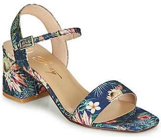 Betty London MAKITA women's Sandals in Blue