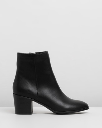 Spurr Jason Ankle Boots