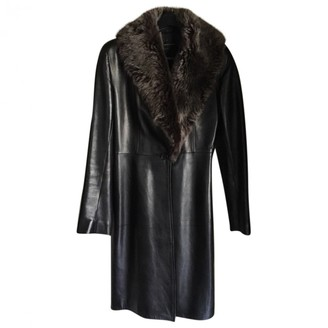 Ventcouvert Black Leather Trench Coat for Women