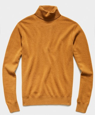 Todd Snyder Cashmere Turtleneck in Brown