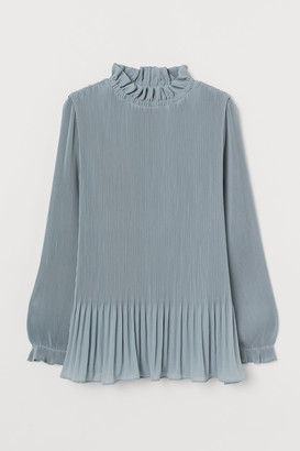 H&M Pleated blouse