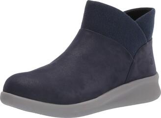 Clarks Women's Sillian 2.0 Dusk Ankle Boot