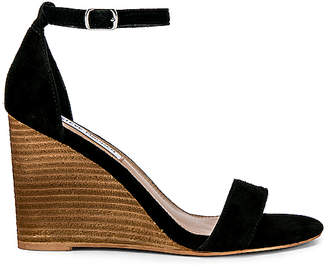 Steve Madden Mary Suede Wedge
