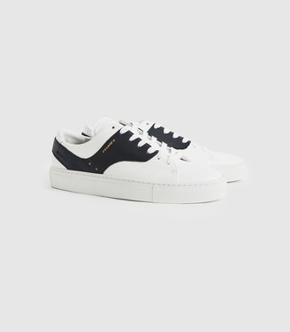 Reiss Oxford - Leather Trainers in White/ Navy