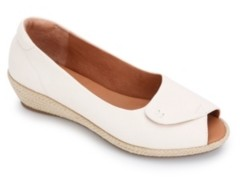 Gentle Souls by Kenneth Cole Luci Easy Open Wedge Sandals Women's Shoes